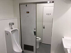 トイレドア